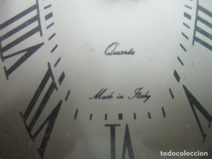 Despertadores antiguos: Reloj Despertador - Marca Wenk - Quartz - Made in Italy - Marco Forrado en Plata - Foto 3 - 145050390
