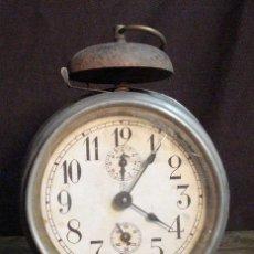 Despertadores antiguos: DESPERTADOR AÑOS 40. Lote 145057682