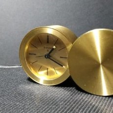 Despertadores antiguos: RELOJ EN BRONCE Y METAL. Lote 147090746