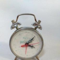 Despertadores antiguos: RELOJ DESPERTADOR DE CUERDA DE LA MARCA JAGUAR. Lote 148667378