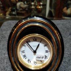 Despertadores antiguos: RELOJ DESPERTADOR CARTIER PARIS, SWISS MADE, 10X8.5CM, FUNCIONANDO.. Lote 150190222