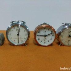 Despertadores antiguos: LOTE DE RELOJES DESPERTADORES DE MESITA NOCHE. Lote 151295786