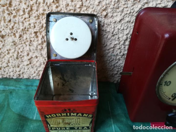 Despertadores antiguos: Reloj temporizador en caja de té - Foto 3 - 152395362