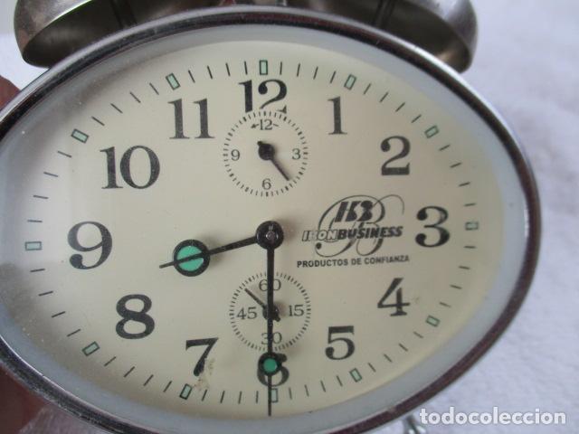 Despertadores antiguos: PRECIOSO DESPERTADOR VINTAGE DE IRON BUSINESS IB, PRODUCTOS DE CONFIANZA - FUNCIONA - Foto 2 - 152904306