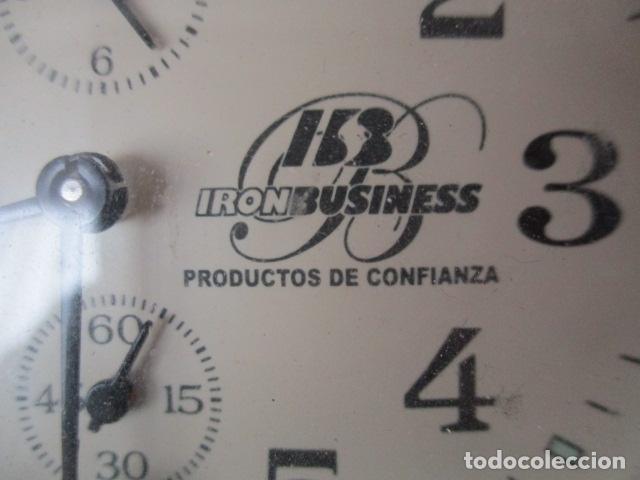 Despertadores antiguos: PRECIOSO DESPERTADOR VINTAGE DE IRON BUSINESS IB, PRODUCTOS DE CONFIANZA - FUNCIONA - Foto 4 - 152904306