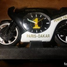 Despertadores antiguos: PARIS DAKAR, MOTORCYCLE, SUPER SPEED 750CC, POWER FULL MOTOR. Lote 153246070