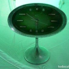 Despertadores antiguos: RELOJ DESPERTADOR FASHION. Lote 155704346