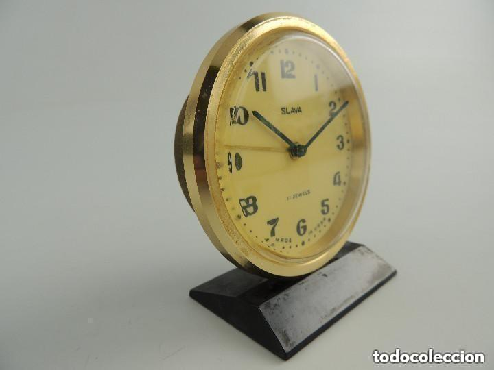 Despertadores antiguos: Antiguo Reloj Despertador a Cuerda Marca Slava Años 60-70 Era Comunista - Foto 4 - 156556810
