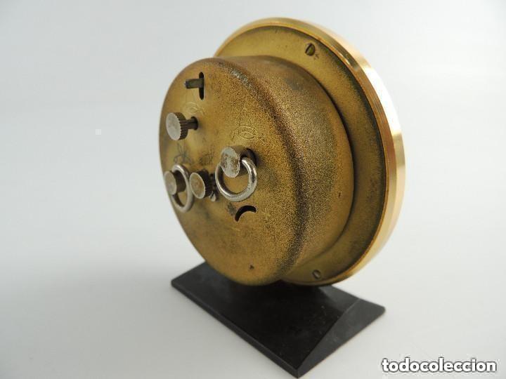 Despertadores antiguos: Antiguo Reloj Despertador a Cuerda Marca Slava Años 60-70 Era Comunista - Foto 5 - 156556810