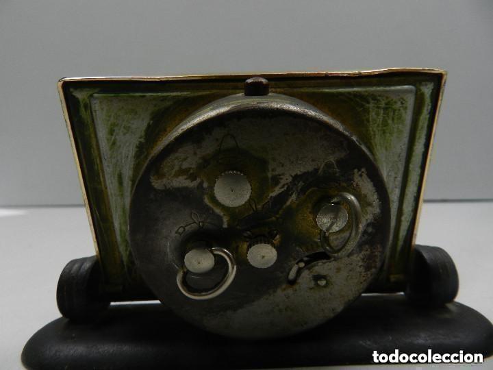 Despertadores antiguos: Antiguo Reloj Despertador a Cuerda Marca Slava Años 60-70- Vintage - Foto 9 - 156556958