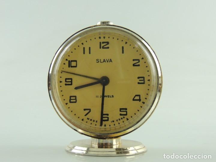 Despertadores antiguos: Antiguo Reloj Despertador a Cuerda Marca Slava Años 60-70 Era Comunista - Foto 2 - 156557114