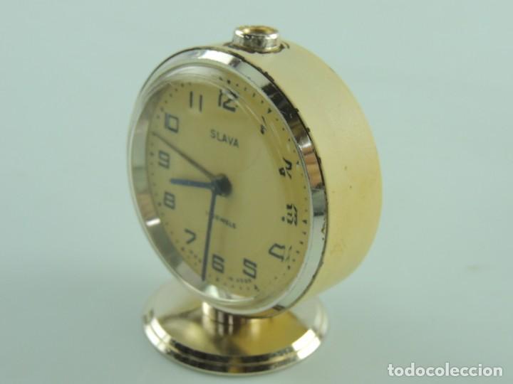 Despertadores antiguos: Antiguo Reloj Despertador a Cuerda Marca Slava Años 60-70 Era Comunista - Foto 3 - 156557114