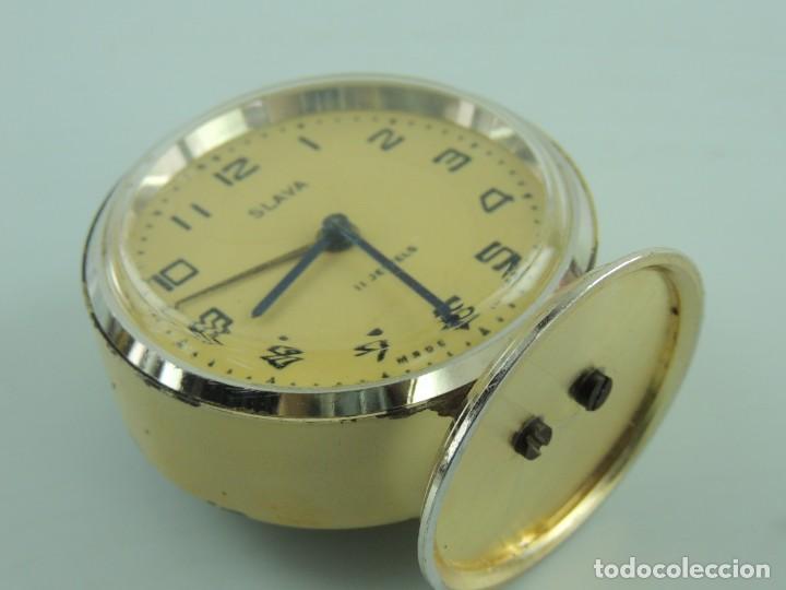 Despertadores antiguos: Antiguo Reloj Despertador a Cuerda Marca Slava Años 60-70 Era Comunista - Foto 7 - 156557114