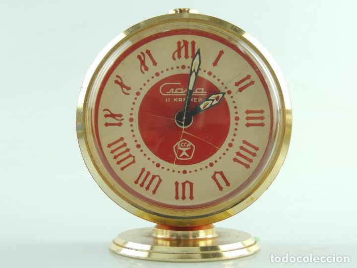 Despertadores antiguos: Antiguo Reloj Despertador a Cuerda Marca Slava Años 60-70 Era Comunista - Foto 2 - 156557146