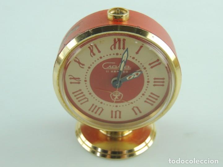 Despertadores antiguos: Antiguo Reloj Despertador a Cuerda Marca Slava Años 60-70 Era Comunista - Foto 4 - 156557146