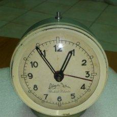 Despertadores antiguos: RELOJ DESPERTADOR SOBREMESA CUERDA MANUAL. Lote 159817230