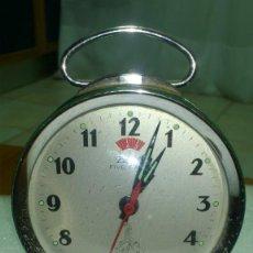 Despertadores antiguos: RELOJ DESPERTADOR SOBREMESA CUERDA MANUAL. Lote 159817310