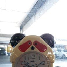 Despertadores antiguos: RELOJ DESPERTADOR IMOTO. OSO PANDA. Lote 162576402