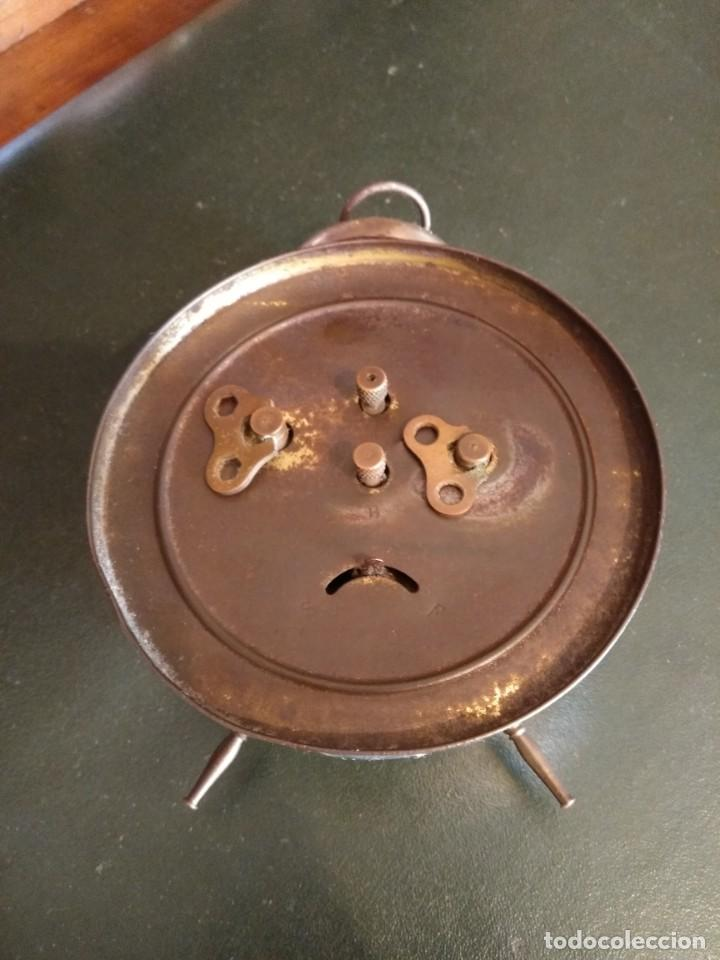 Despertadores antiguos: Reloj despertador antiguo - Foto 4 - 163457986