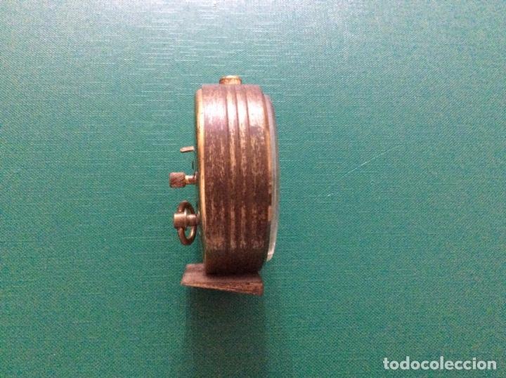 Despertadores antiguos: Reloj despertador Duward de Luxe. Años 60. Para piezas - Foto 4 - 164323900