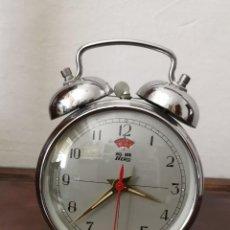Despertadores antiguos: RELOJES DESPERTADORES ANTIGUOS.CHINA. Lote 164856174