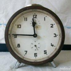 Despertadores antiguos: RELOJ DESPERTADOR-CROMETA-CUERDA MANUAL. Lote 165315522