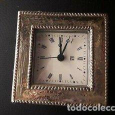 Despertadores antiguos: RELOJ DESPERTADOR PLATA VINTAGE. Lote 167108368