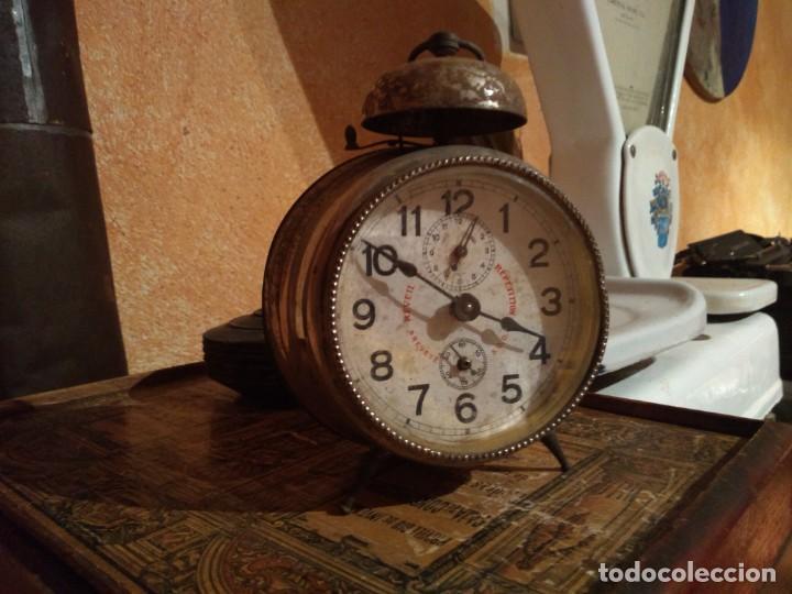 Despertadores antiguos: Antiguo reloj despertador FUNCIONA - Foto 3 - 168249308