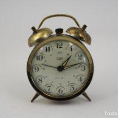 Despertadores antiguos: RELOJ DESPERTADOR TITAN. Lote 169842204