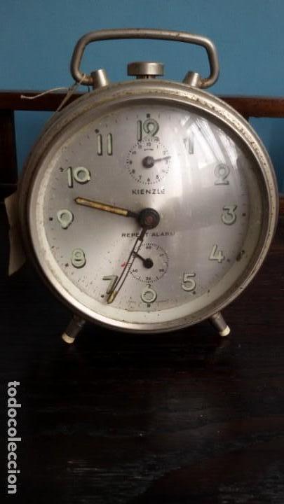 RELOJ - DESPERTADOR ALEMÁN. MARCA ¨KIENZLE¨. MEDIADOS S. XX (Relojes - Relojes Despertadores)