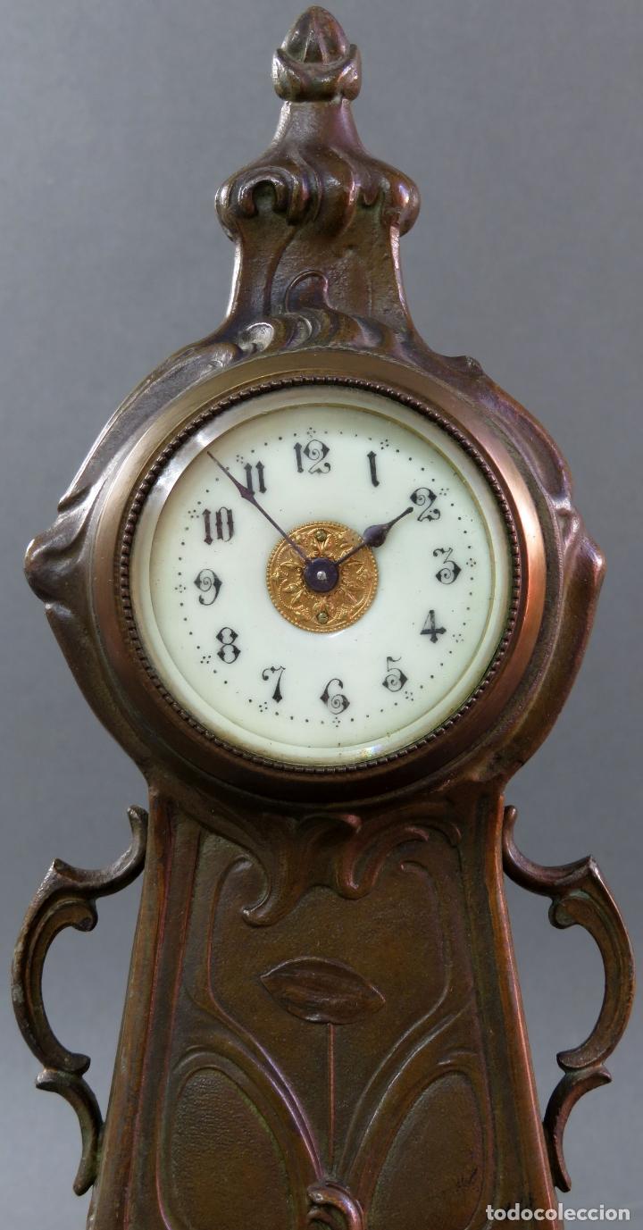 Despertadores antiguos: Reloj despertador Art Nouveau en calamina con sus llaves funciona hacia 1910 - Foto 2 - 175570067