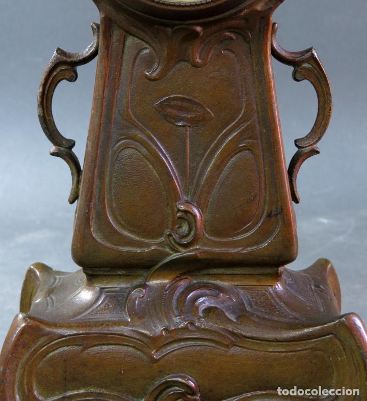 Despertadores antiguos: Reloj despertador Art Nouveau en calamina con sus llaves funciona hacia 1910 - Foto 4 - 175570067