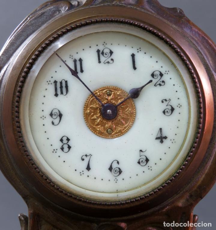 Despertadores antiguos: Reloj despertador Art Nouveau en calamina con sus llaves funciona hacia 1910 - Foto 9 - 175570067