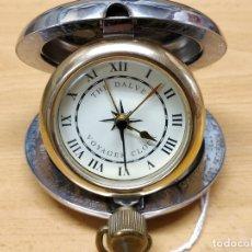 Despertadores antiguos: CURIOSO RELOJ DESPERTADOR DE VIAJE THE DALVEY VOYAGER CLOCK. FUNCIONANDO. Lote 57224543