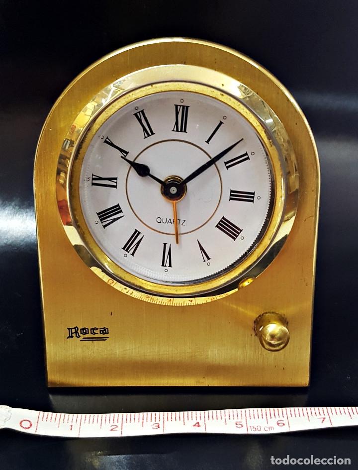 Despertadores antiguos: Antiguo Reloj despertador dorado y de metal. - Foto 4 - 179538415