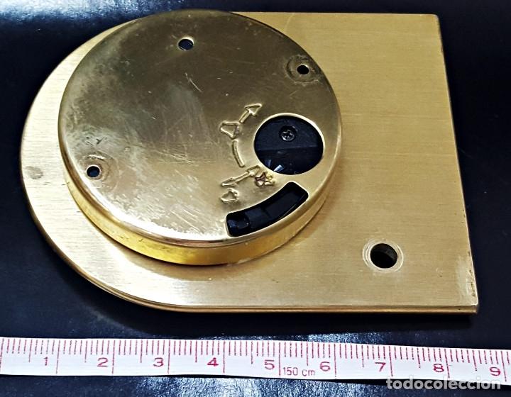 Despertadores antiguos: Antiguo Reloj despertador dorado y de metal. - Foto 9 - 179538415