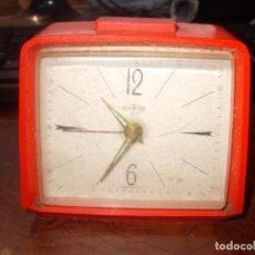 Despertadores antiguos: RELOJ DESPERTADOR SOBREMESA SARS 312, GERMANY. NO FUNCIONA LA AGUJA DE LA CUERDA GIRA SOLA. Lote 180189330
