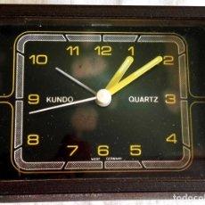 Despertadores antiguos: RELOJ DESPERTADOR VINTAGE - KUNDO, WEST GERMANY / 7,5X9,5 CM. Lote 180463431
