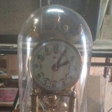 Despertadores antiguos: RELOJ CÚPULA CRISTAL BRONCE.. Lote 180474478