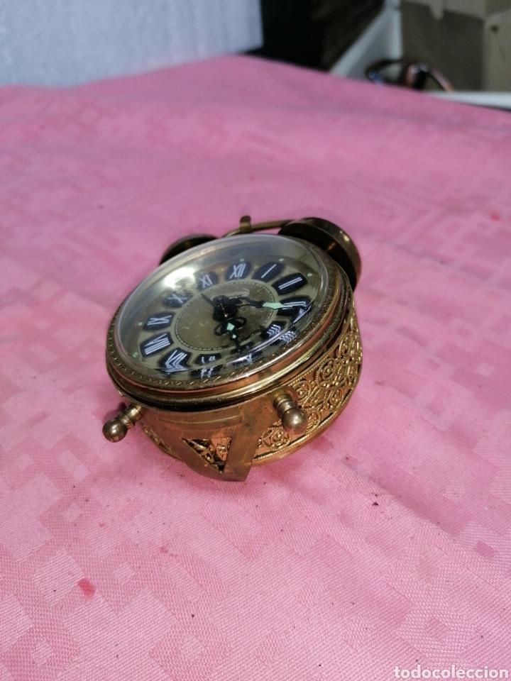 Despertadores antiguos: Reloj despertador de metal funcionando - Foto 5 - 181450965
