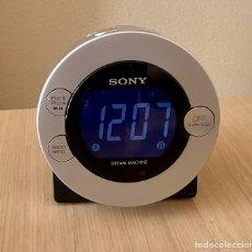 Despertadores antiguos: RADIO DESPERTADOR SONY. Lote 182019055