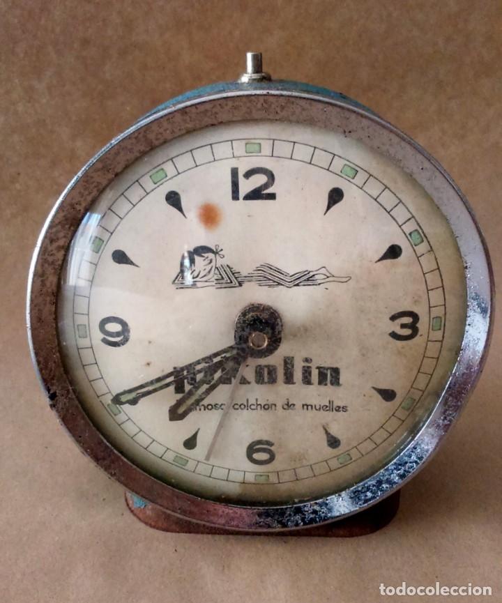 ANTIGUO RELOJ DESPERTADOR PUBLICITARIO PIKOLIN, EL FAMOSO COLCHÓN DE MUELLES. 50-60S PARA RESTAURAR. (Relojes - Relojes Despertadores)