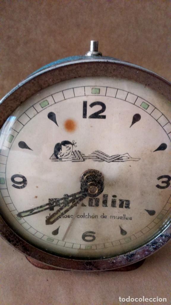 Despertadores antiguos: Antiguo reloj despertador publicitario Pikolin, el famoso colchón de muelles. 50-60s Para restaurar. - Foto 3 - 182077673