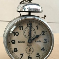 Despertadores antiguos: RELOJ DESPERTADOR VENANCIO ARANDIA DENIA - MARCADO M&C.B - FUNCIONANDO. Lote 182808825