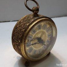 Despertadores antiguos: RELOJ DESPERTADOR BLESING ALEMÁN CON REMATE PUNZONADO . Lote 184054393