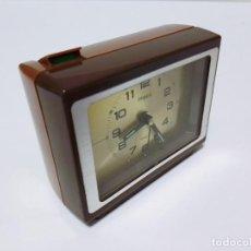 Despertadores antiguos: RELOJ DESPERTADOR IMPEX DE ASPECTO MASCULINO Y VINTAGE AÑOS 70 NO. 7RB609 JAPAN FUNCIONANDO. Lote 186109052