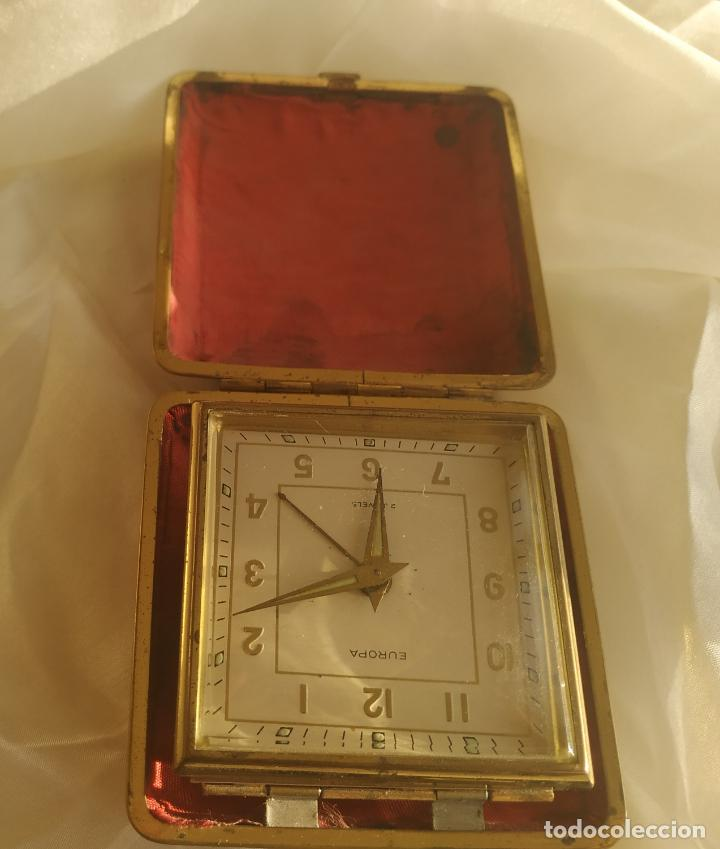 Despertadores antiguos: Reloj despertador de viaje Europa. Carga manual. Funciona - Foto 3 - 189700106