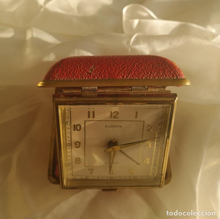 Despertadores antiguos: Reloj despertador de viaje Europa. Carga manual. Funciona - Foto 4 - 189700106