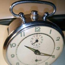 Despertadores antiguos: DESPERTADOR TITAN - AÑOS 60. FUNCIONANDO (RELOJ Y DESPERTADOR). IMPECABLE. DESCRIPCION Y FOTOS.. Lote 190201038