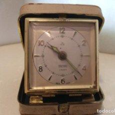Despertadores antiguos: RELOJ DESPERTADORES DE VIAJE PETER - FUNCIONANDO. Lote 192562553